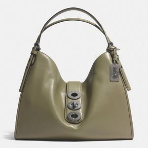 Coach   Madison Carlyle triple turnlock bag